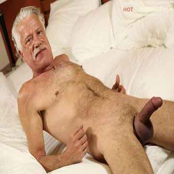 Hung Horny Daddy